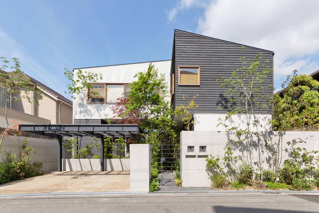 芦屋の家2: エイチ・アンド一級建築士事務所 H& Architects & Associatesが手掛けた木造住宅です。,北欧 木 木目調