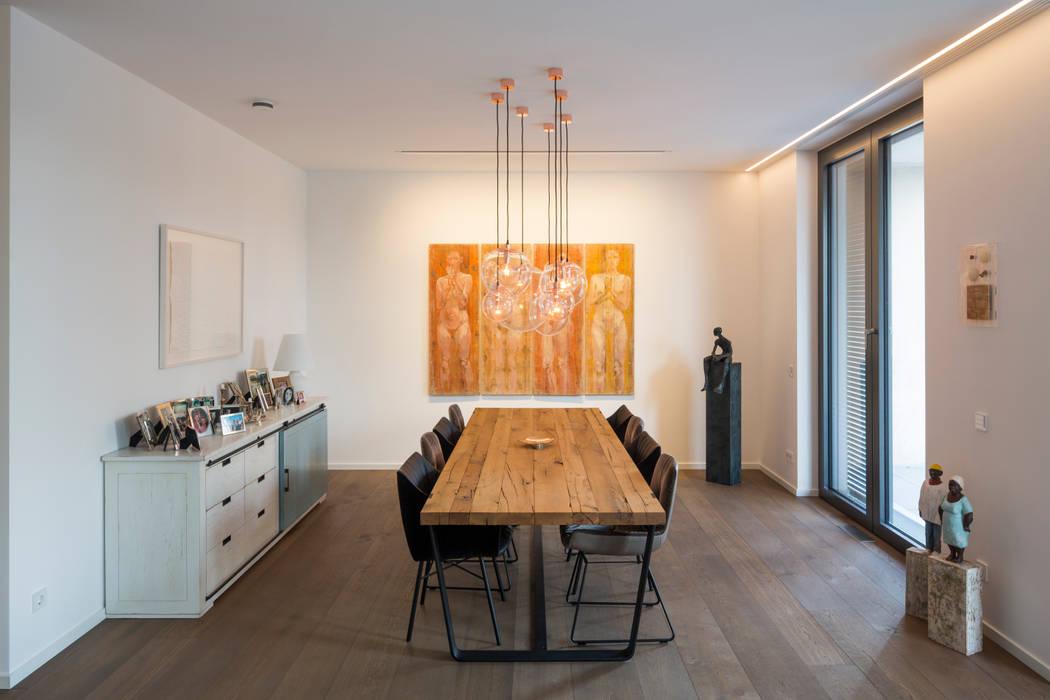 Wohn- und Essbereich 1 Moderne Esszimmer von ARCHITEKTEN BRÜNING REIN Modern