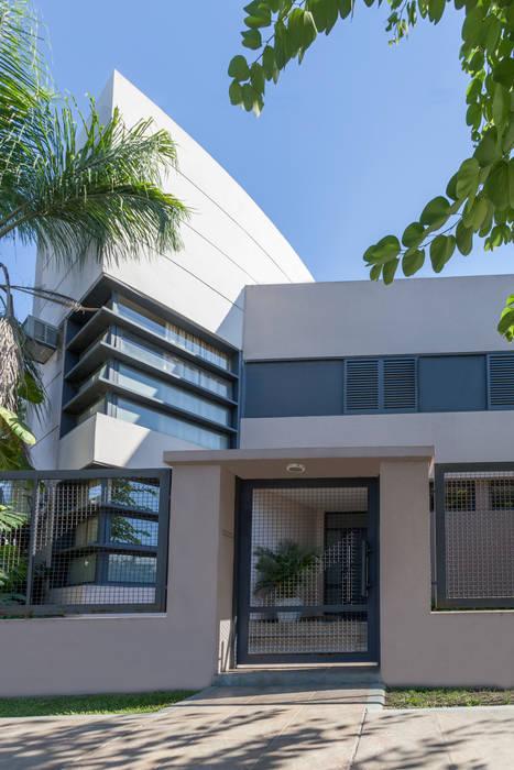 Modern Houses by Literat Arquitectura de Avanzada Modern