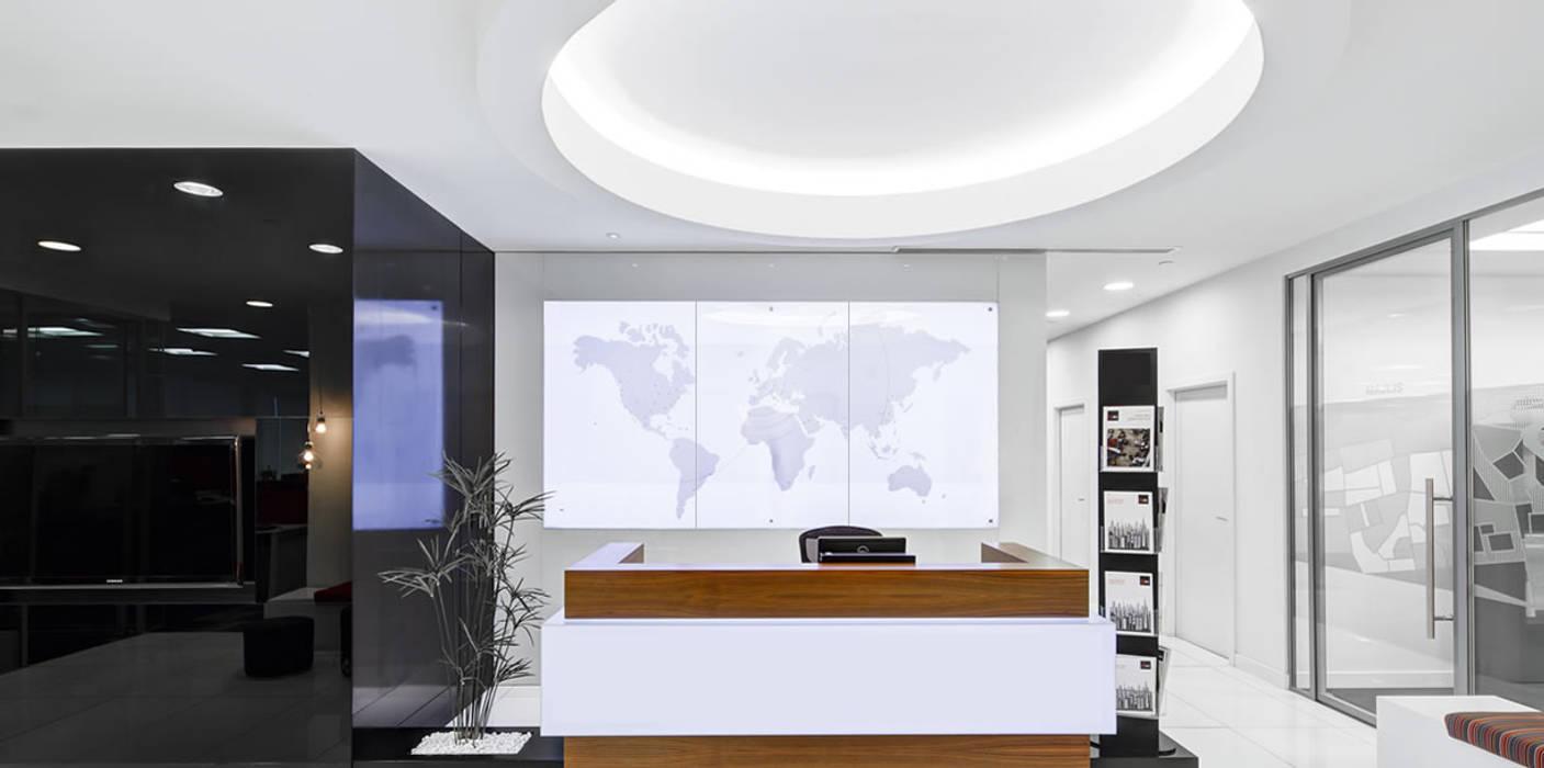 verwarmende achterwand:  Kantoren & winkels door Heat Art - infrarood verwarming,