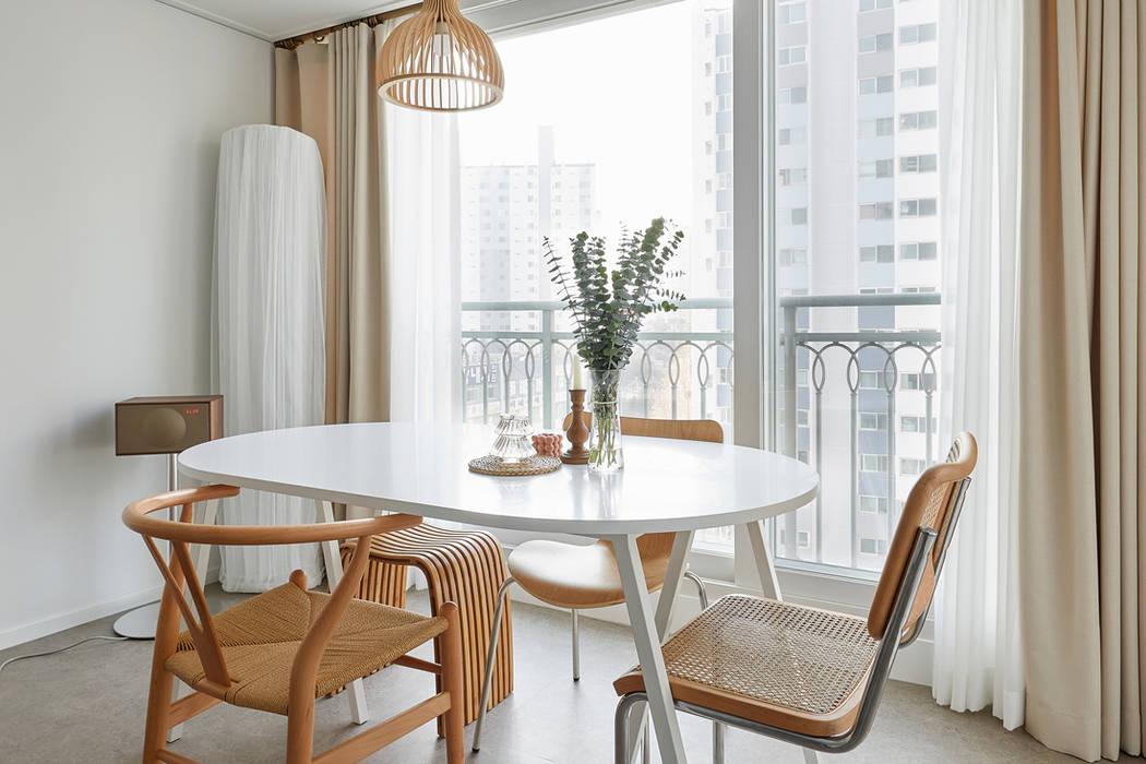Balcony by BK Design Studio,