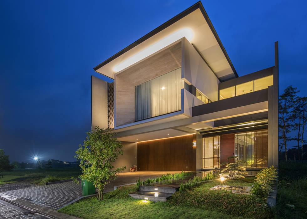 Tampak Muka Rumah Modern Oleh Rakta Studio Modern