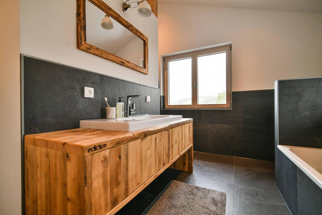 Basin on wood edictum - UNIKAT MOBILIAR BathroomSinks Tiles Black