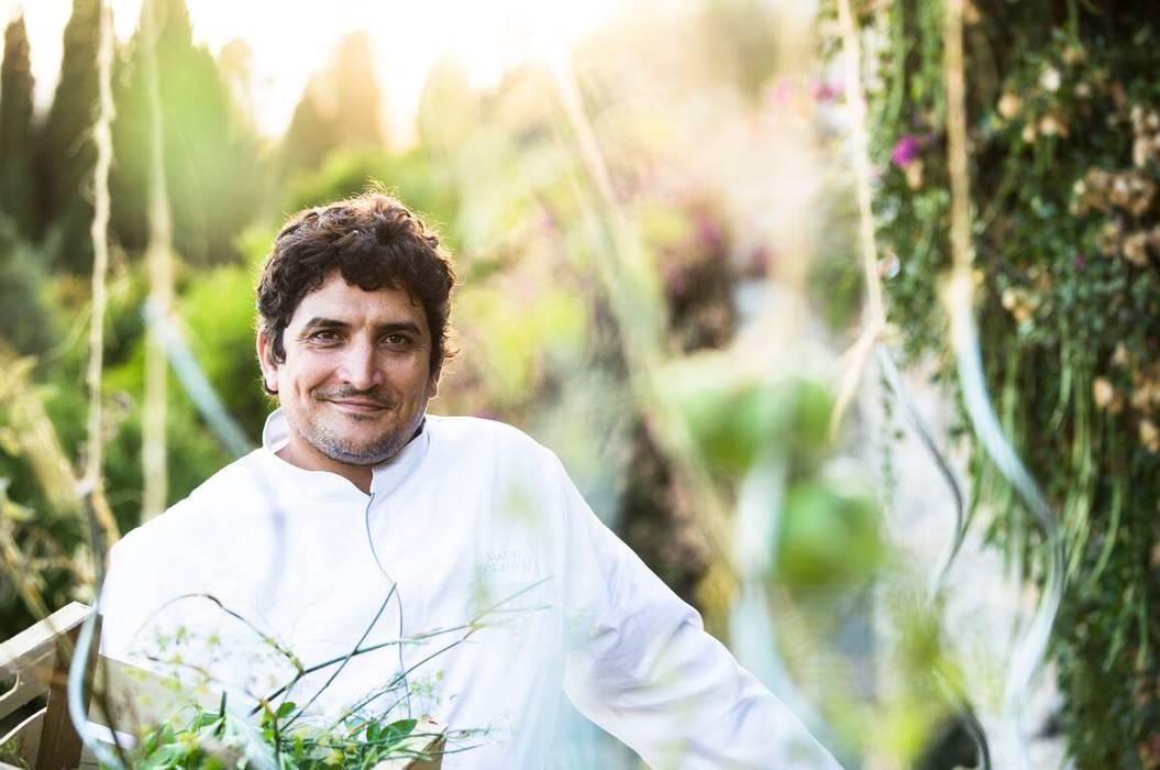 Mauro Colagreco, l'homme derrière l'extraordinaire réussite du Restaurant Mirazur: Salle à manger de style  par Imagine Outlet