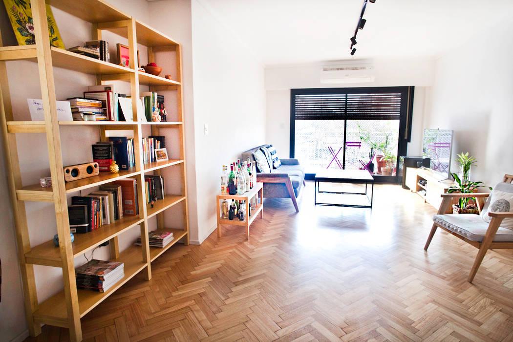 Living minimalista Salones clásicos de homify Clásico