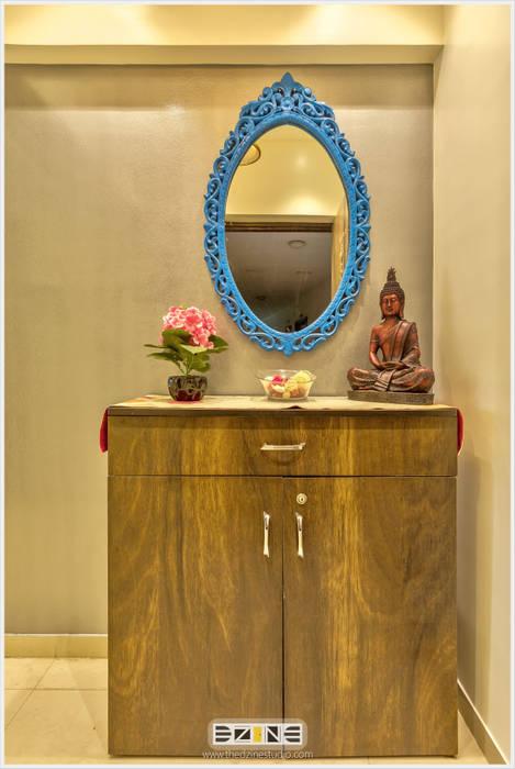 2BHK apartment in Pune :  Corridor, hallway & stairs  by The D'zine Studio