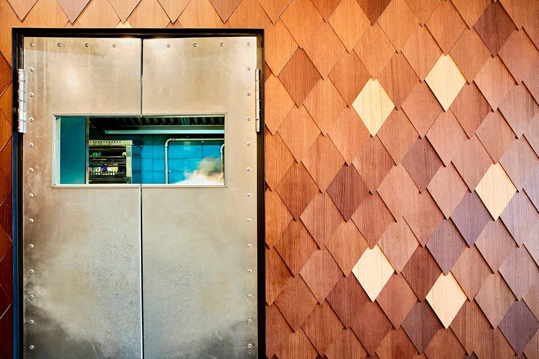 Amarre 69 Bares y clubs de estilo industrial de Piedra Papel Tijera Interiorismo Industrial