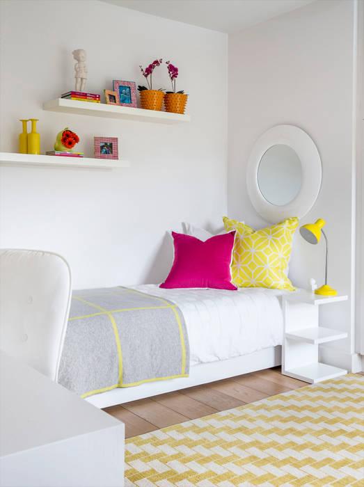Modern style bedroom by Meg Vaun Interiors Modern