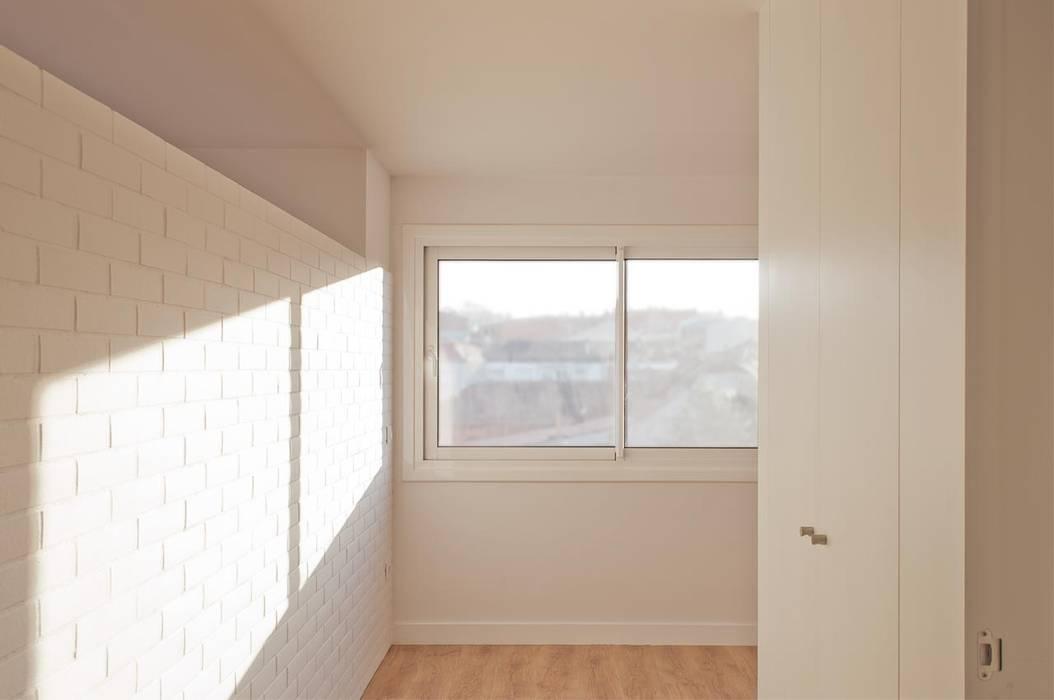 Dormitorio Puertas y ventanas de estilo moderno de SA31ARQUITECTURA Moderno