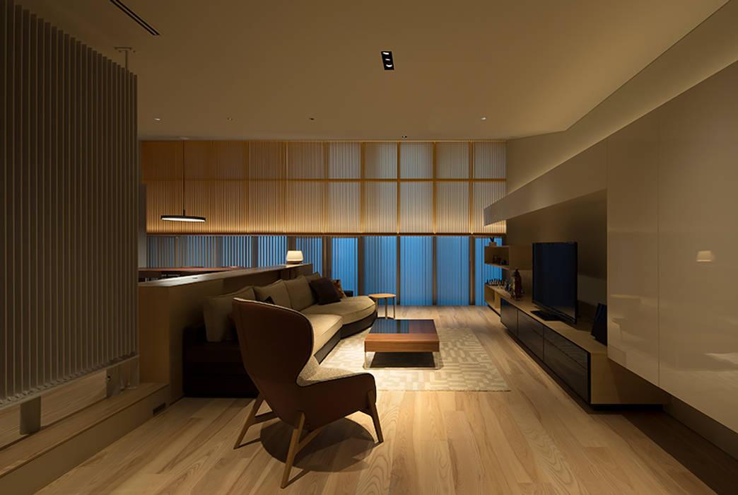 DF.RENOVATION モダンデザインの リビング の 伊藤建築都市設計室 モダン 木 木目調