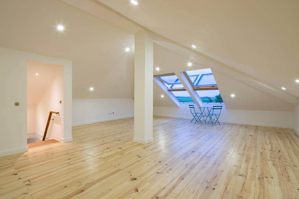 Atelier d'Maison Roof