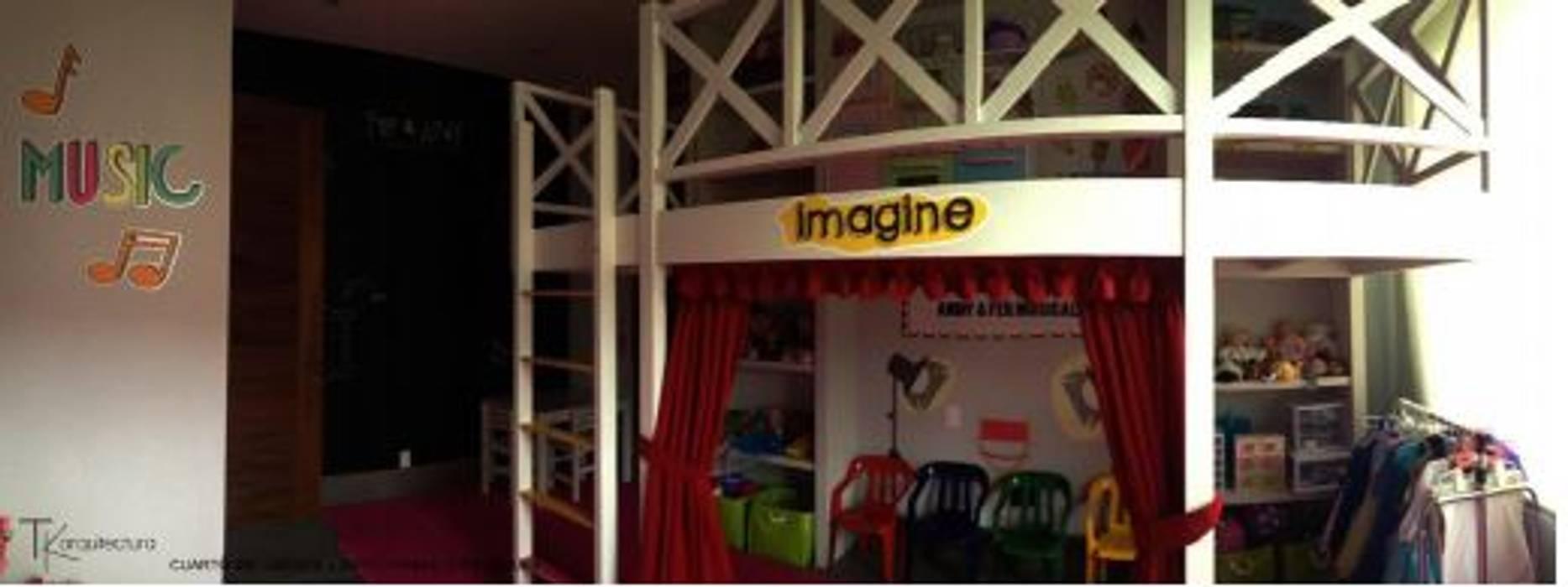 Sala de Juegos : Recámaras para niñas de estilo  por Tk arquitectura
