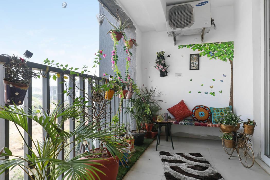 Balcón de estilo  por Raja Akkinapalli Images, Clásico Mármol