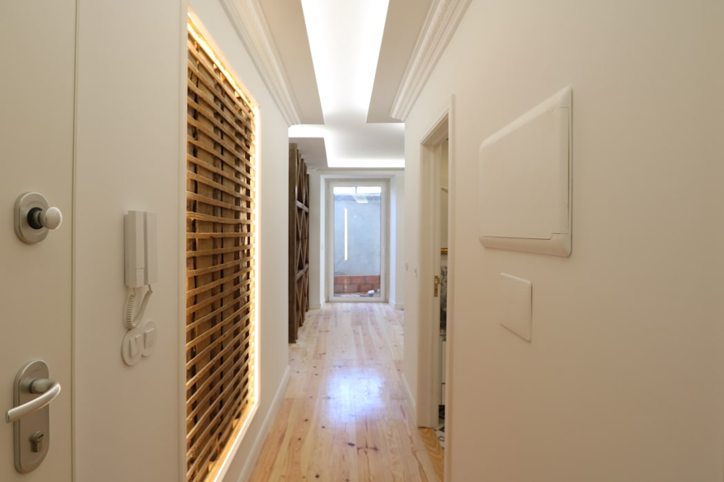 Lisbon Heritage Eclectic style corridor, hallway & stairs