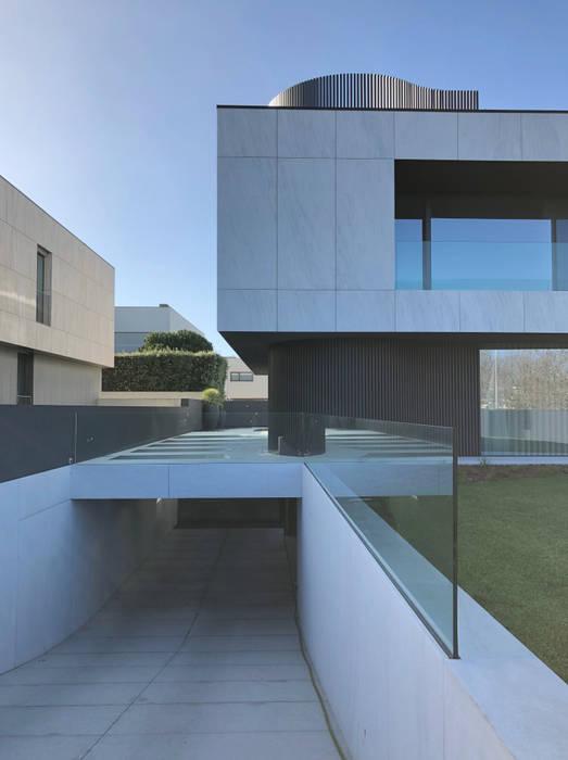 Villas by MCSARQ,
