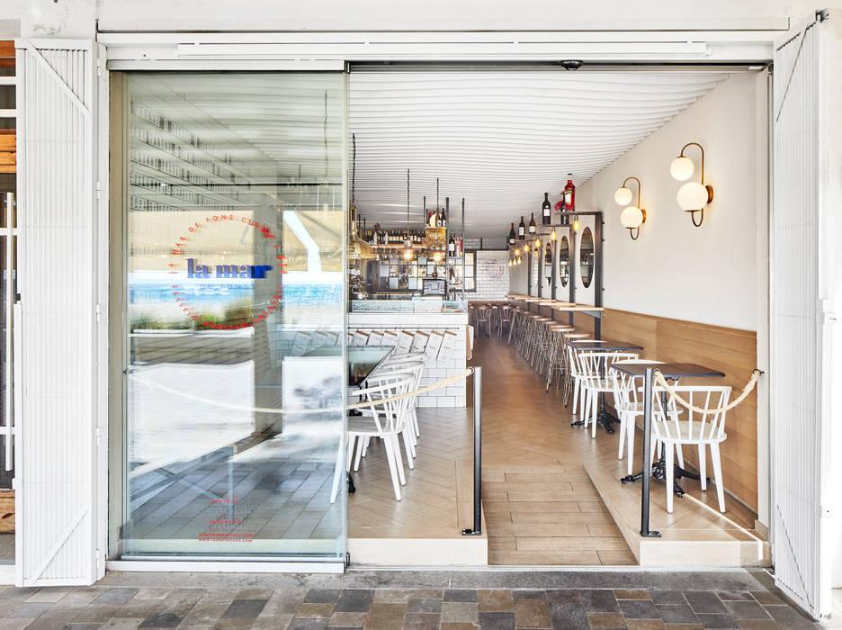 Gastronomie méditerranéenne par Piedra Papel Tijera Interiorismo Méditerranéen