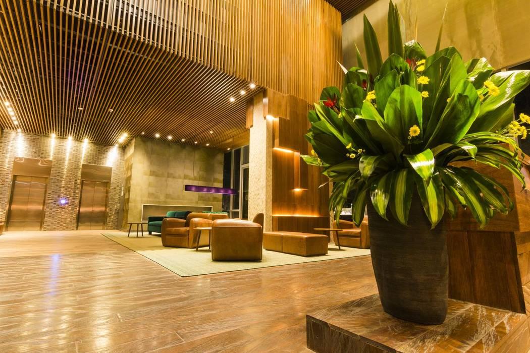 Diseño y Dotación . Hotel Bioxury. Bogota Dormitorios de estilo ecléctico de De Stefano Disegno Ecléctico