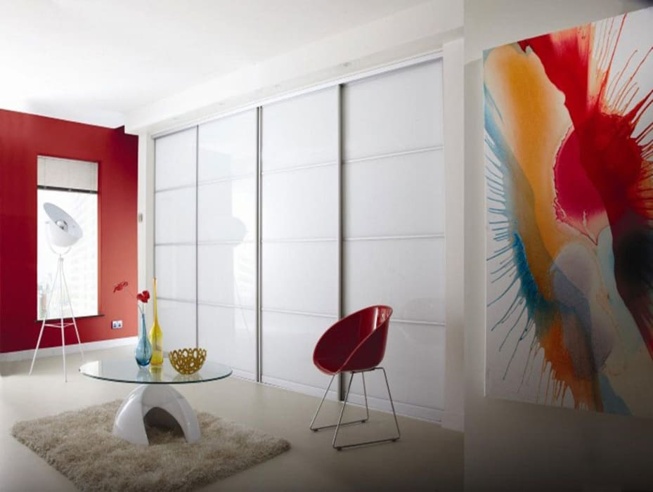 Pure White Sliding Door Wardrobes London:  Bedroom by Metro Wardrobes London