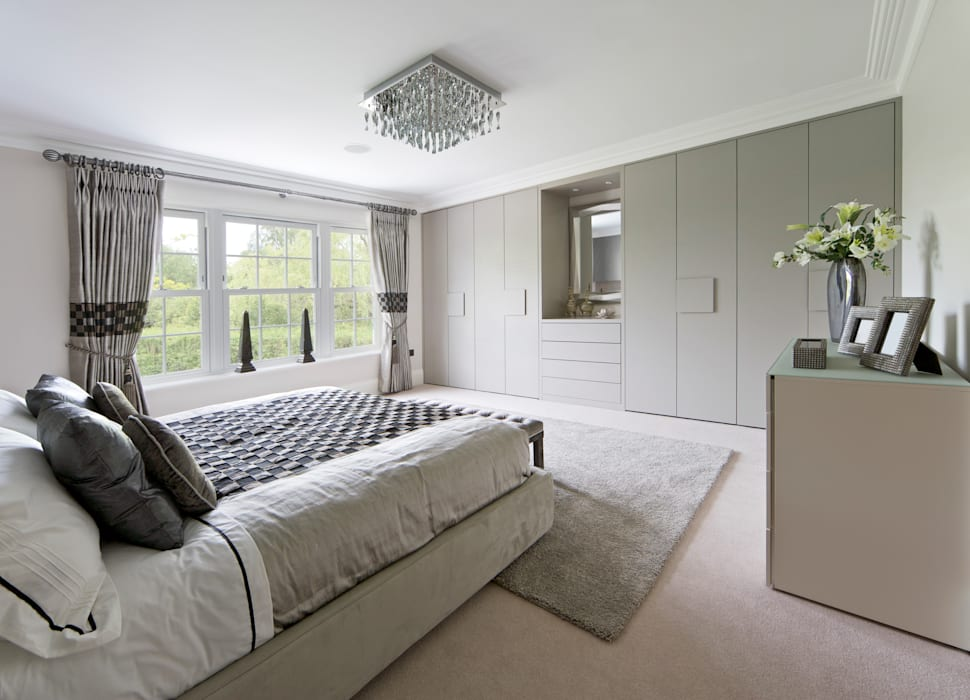 Contemporary Grey Fitted Bedroom Furniture London: modern  by Metro Wardrobes London, Modern