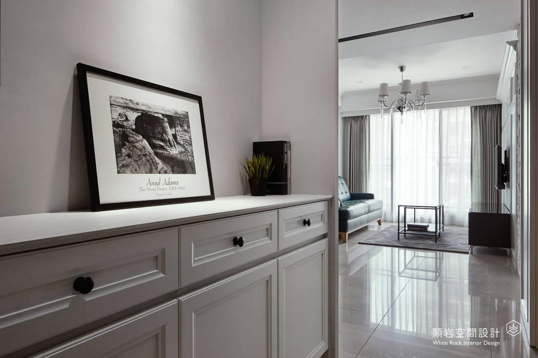 Scandinavian style corridor, hallway& stairs by 顥岩空間設計 Scandinavian