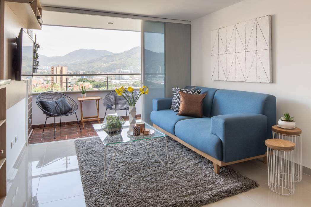 Living room by Casa de Tres, Scandinavian