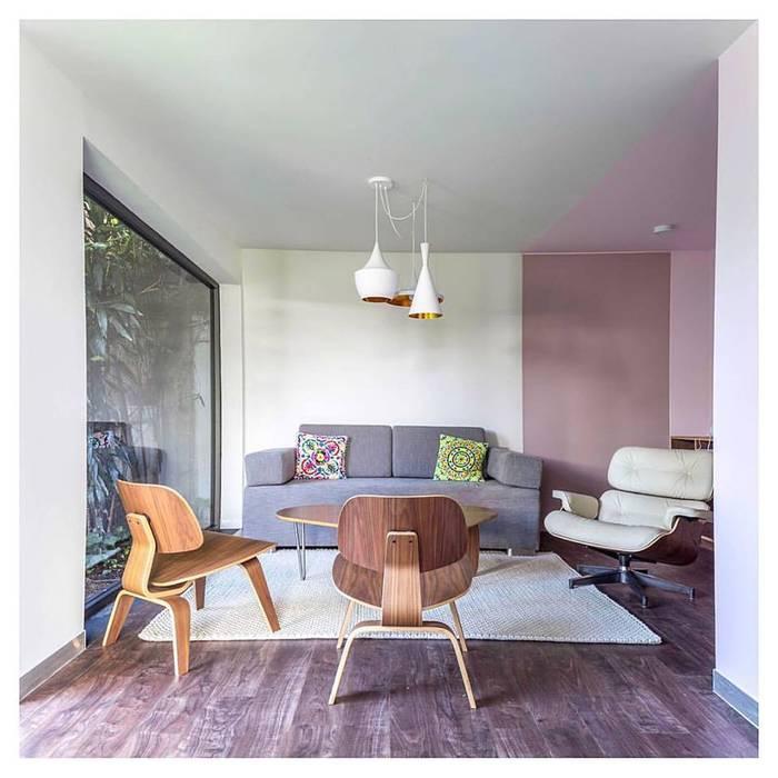 RESULTADO FINAL: Estudios y oficinas de estilo  por AMID,