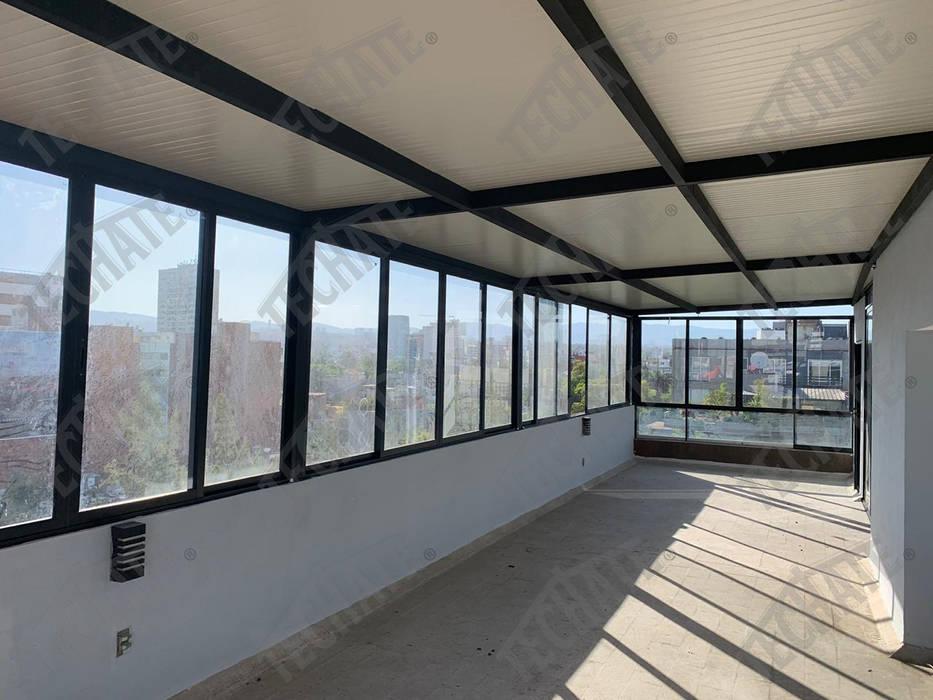 Instalación de techo multipanel TechaTe Tejados planos Beige