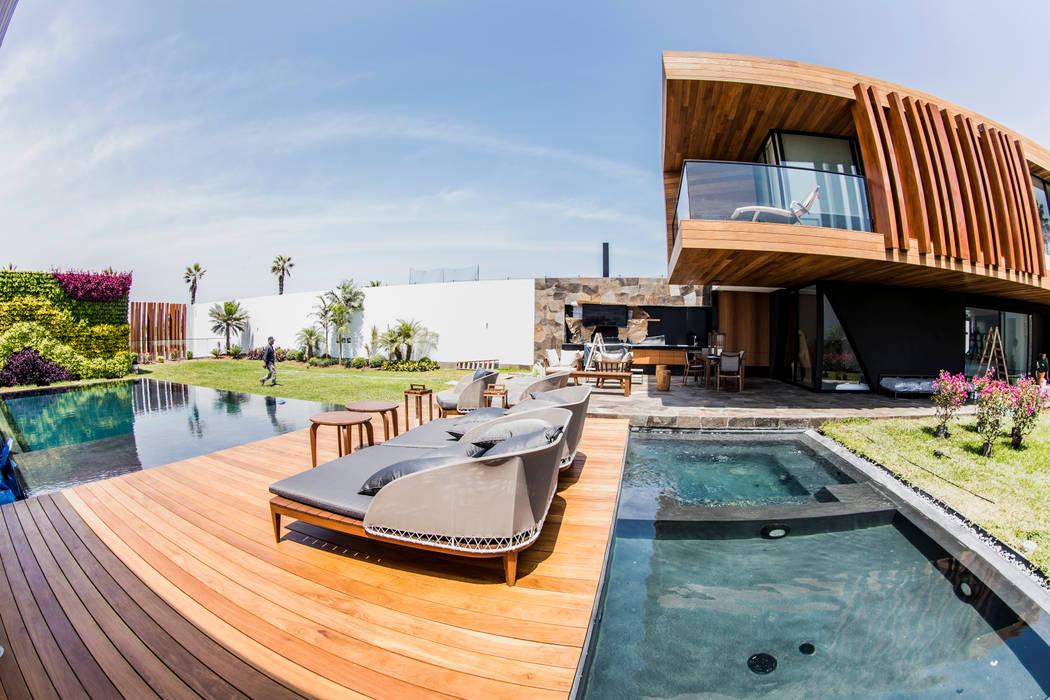 Terraza: Terrazas de estilo  por DOF Arquitectos, Moderno Madera Acabado en madera