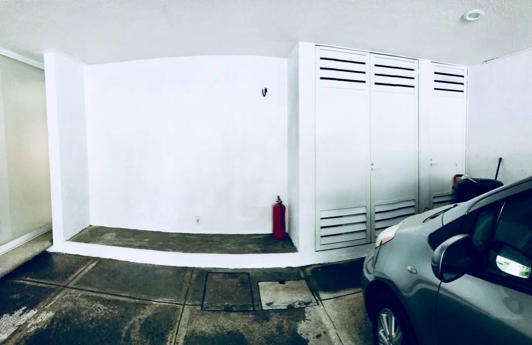 Puertas de garajes de estilo  por SEA arquitectura, Moderno