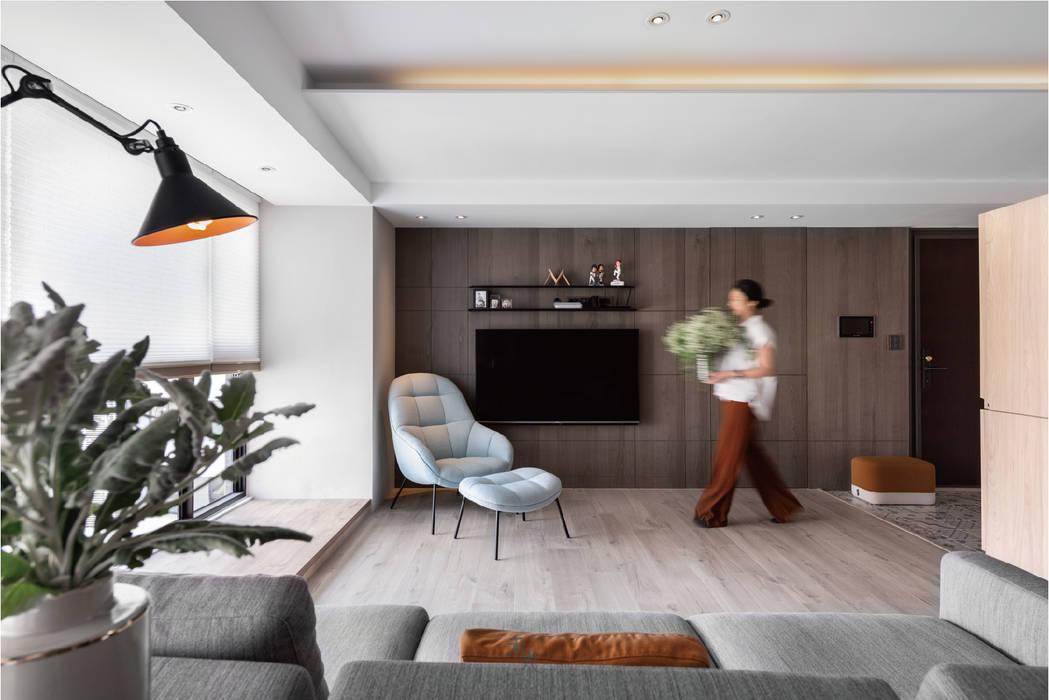 動線設計 现代客厅設計點子、靈感 & 圖片 根據 禾光室內裝修設計 ─ Her Guang Design 現代風