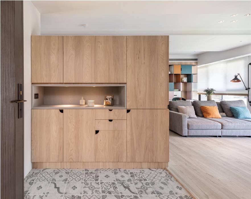 家 禾光室內裝修設計 ─ Her Guang Design 現代風玄關、走廊與階梯