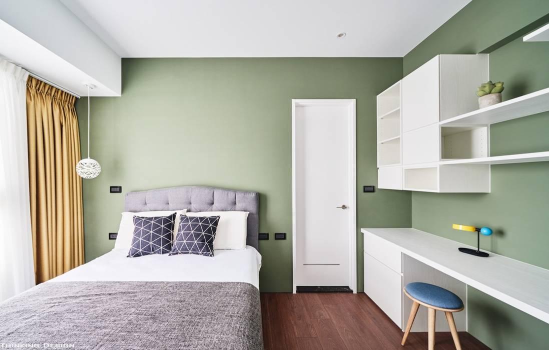Dormitorios de estilo  de 思維空間設計  , Minimalista