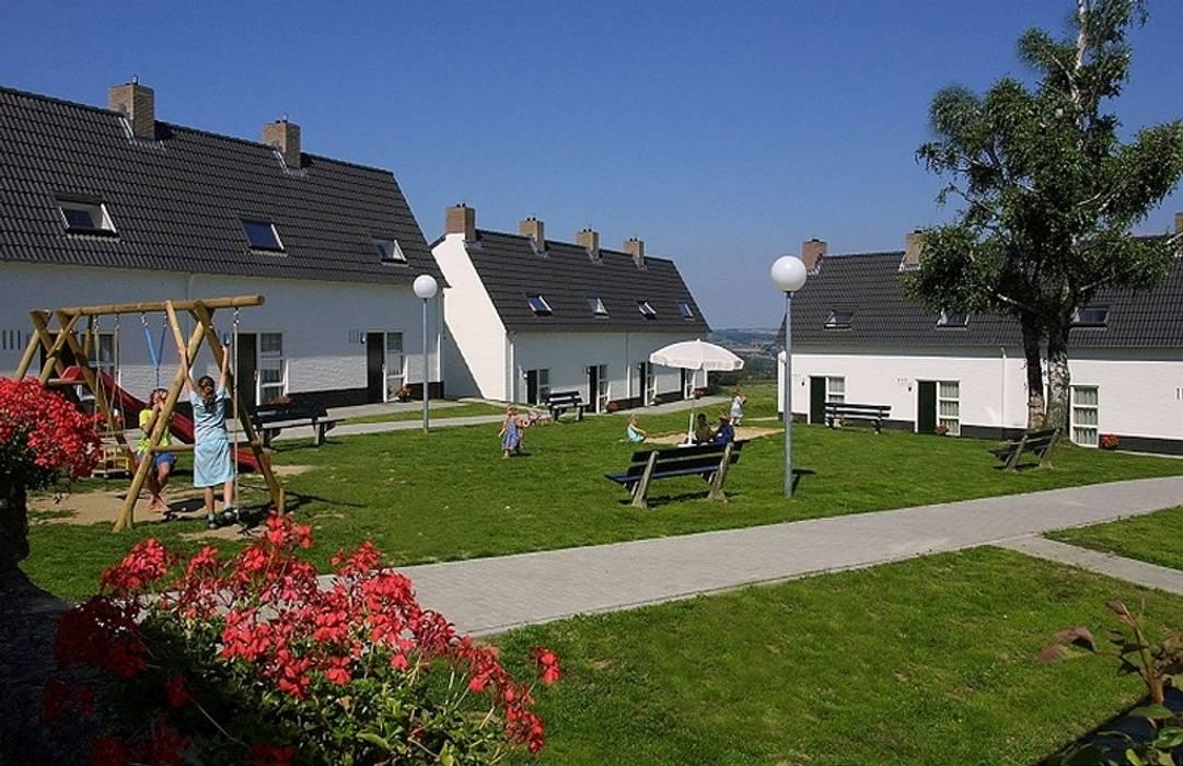 Small houses by Verheij Architecten BNA, Country