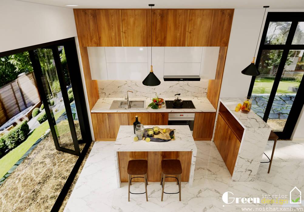 BIỆT THỰ VINHOMES THĂNG LONG : CÓ CĂN NHÀ NẰM NGHE NẮNG MƯA:  Tủ bếp by Green Interior,