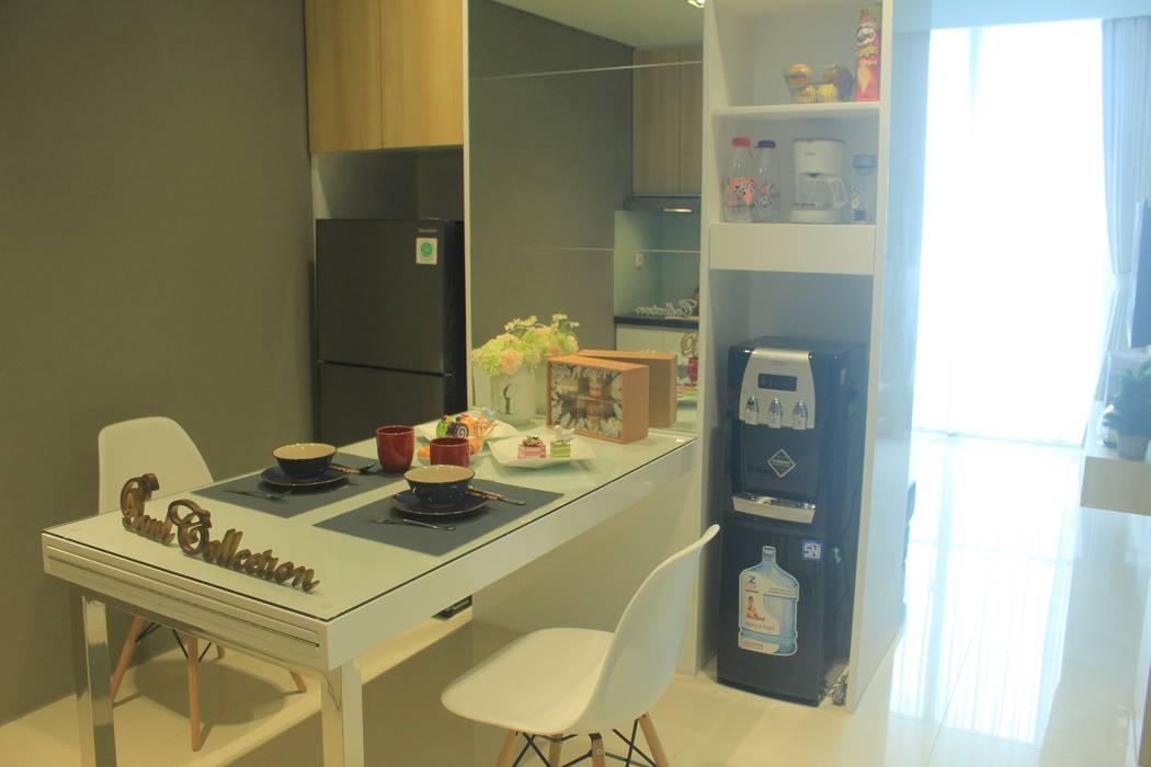 Lexington apartment: Ruang Makan oleh POWL Studio,