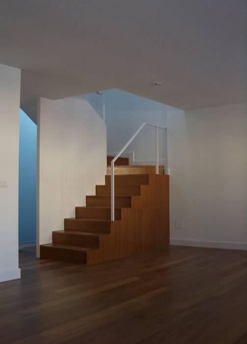 by asieracuriola arquitectos en San Sebastian Modern Wood Wood effect