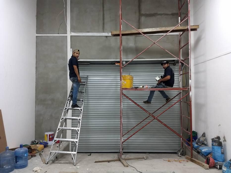Cortinas de Acero Lonas y toldos Lemus Sliding doors Iron/Steel Grey
