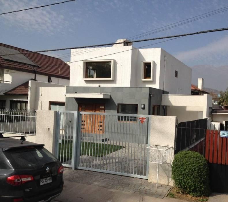 Ampliaciones y Remodelaciones Garajes de estilo moderno de Comercial Ébano Spa Moderno