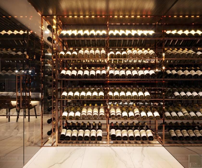 """Nóng bỏng như THIẾT KẾ CĂN HỘ """"KHỦNG"""" LANDMARK 1! Hầm rượu phong cách hiện đại bởi ICON INTERIOR Hiện đại"""