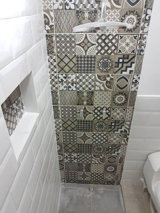 Remodelación de baño Remodelaciones Luján Baños de estilo moderno Marrón
