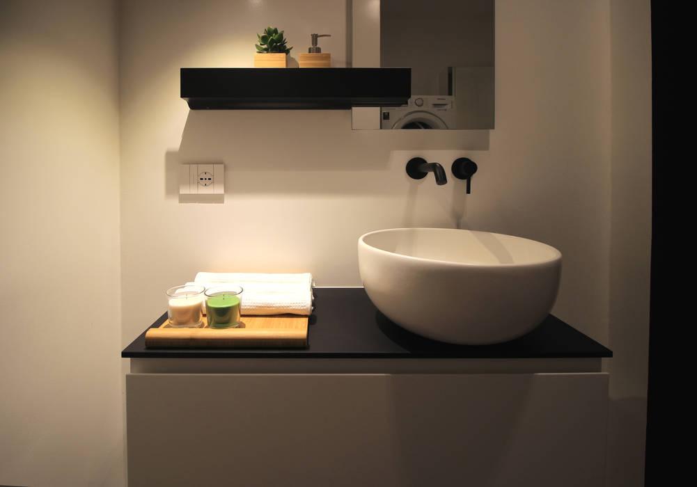 Phòng tắm theo ALFONSI ARCHITETTURA, Hiện đại