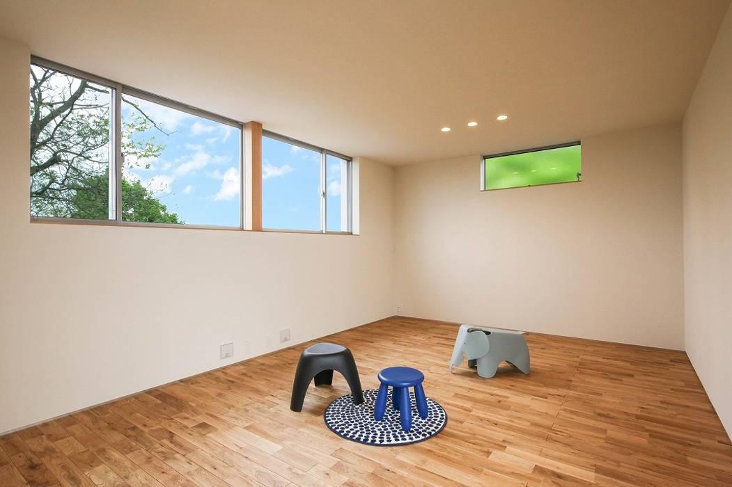 Bed Room: STaD(株式会社鈴木貴博建築設計事務所)が手掛けた子供部屋です。,