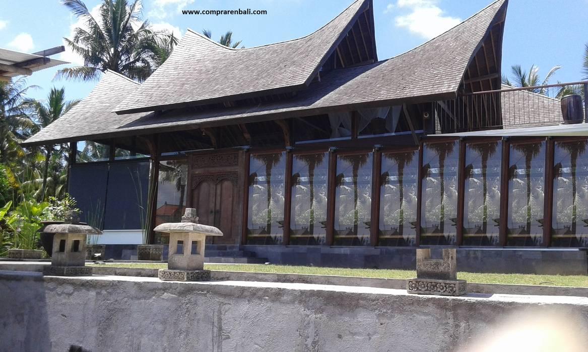 casa de madera estilo thai de comprar en bali Tropical Madera maciza Multicolor