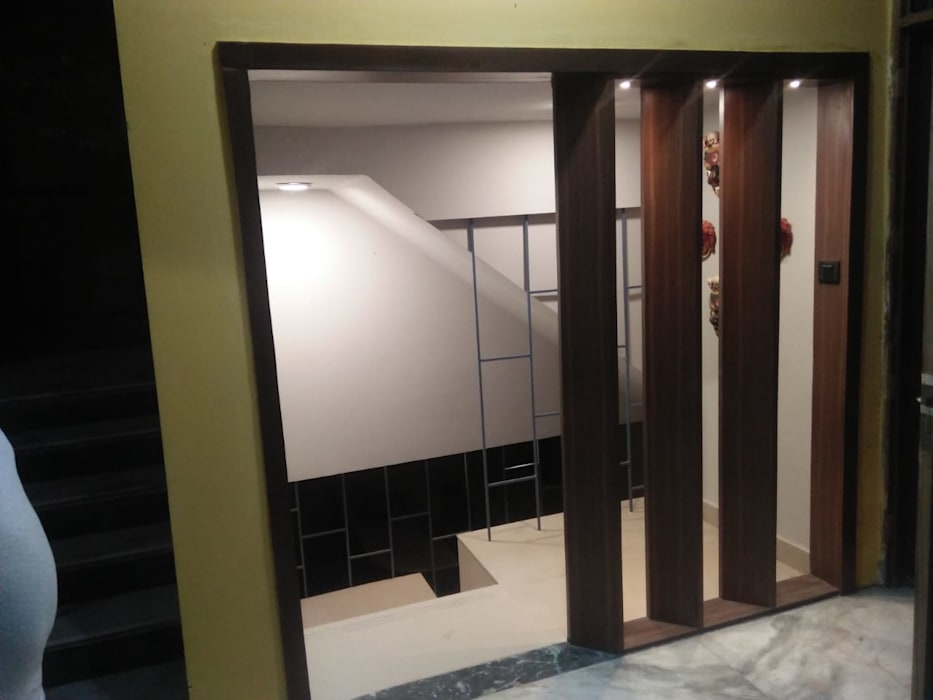 Entrance for Basement by Grey-Woods Minimalist Wood Wood effect