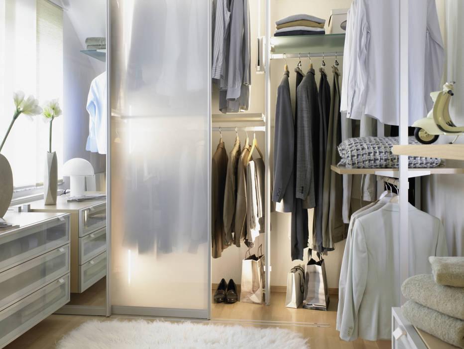 Closets de estilo  por homify, Industrial