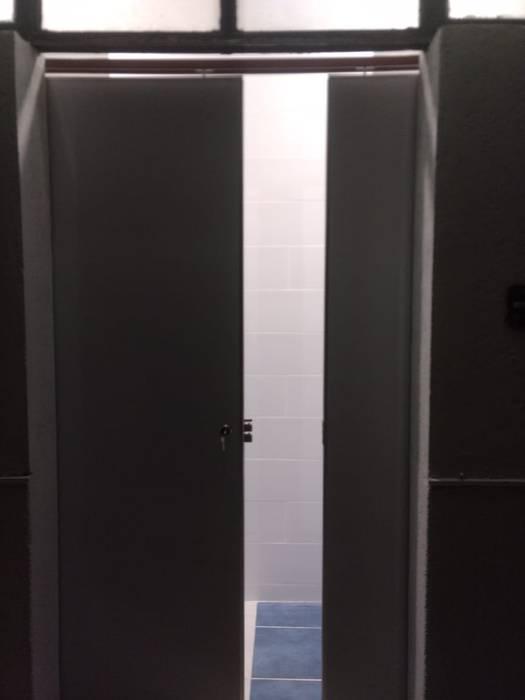 Windows & doors  theo PORCELANIZADOS PENHER,