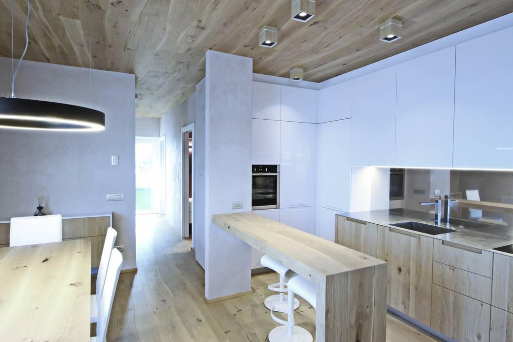 Cucina e tavolo snack di bolefloor moderno legno effetto ...