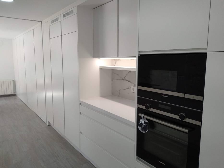 Reforma de Mobiliario de cocina en Valencia de Gestionarq, arquitectos en Xàtiva Moderno