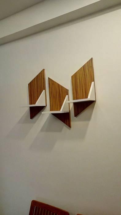 de SHUFFLE DESIZN Moderno Derivados de madera Transparente