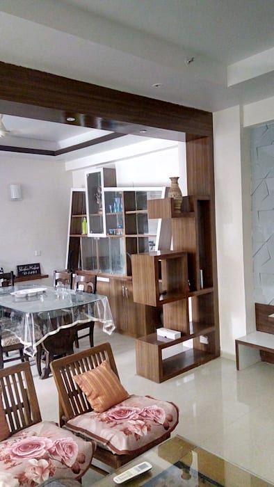 Partition between Drawing and dining Modern dining room by SHUFFLE DESIZN Modern Engineered Wood Transparent
